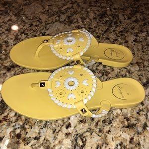 Yellow jack roger jelly flip flops Georgica